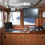 Rear-facing navigation controls in the pilothouse